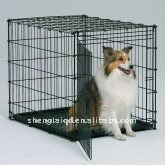 the black coated dog crate