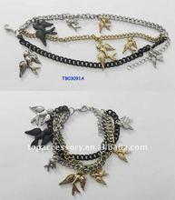 charming bird pendant bracelet