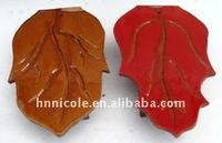 Leave-shaped ridge tile