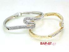 simple design 22k gold bangles