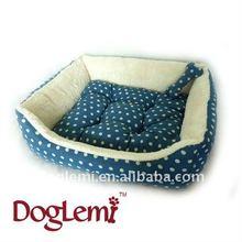 Polka dot Square Dog bed