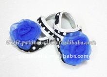 Baby Black White Polka Dots Crib Shoes with Royal Blue Rose MAS47