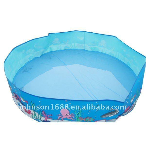 De vacaciones junto al mar de pl stico duro de la piscina for Piscinas plastico duro