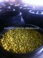 aceitunas verdes en barriles