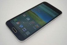 used Samsung Galaxy S5 unlocked phone of good condition export from Japan