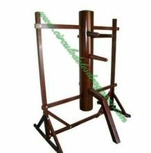Wooden dummy sliding Wing-chun Kung-fu