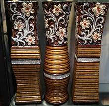 Decoratives Ceramic & Porcelain Vases