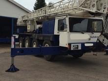 Mobile Crane LIEBHERR LTM 1050-4