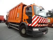 Renault premium garbage truck
