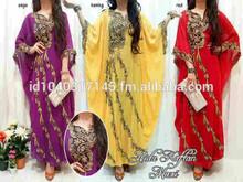 beauty emboridery muslim dress islamic long kaftans stock available muslim woman islamic clothing three colors