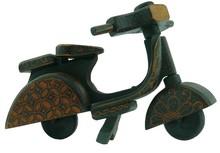 Batik Wood Miniature Vintage Scooter, Vespa (Scale 1:7)