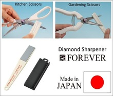 Diamond sharpener for ceramic and other knives, any sharp knife sharpener, easy to use, made in Japan, OEM possible