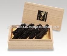 هوكايدو اليابانية مجففة خيار البحر الأسود معبأة في صندوق خشبي