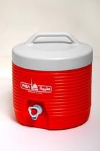 plastic ice cooler box