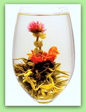 "Handmade green blooming ball tea ""The Umbrellas of Cherbourg"""