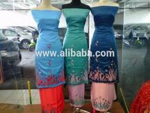 Kain baju kurung/sulam