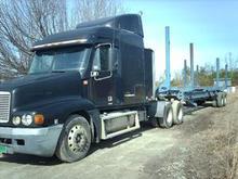 2002 Freightliner CST12064T