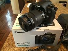 FOR NEW - Canon EOS 5D Mark II 21.1 MP Digital SLR Camera -Kit