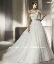 Style ZS-a0196 Luxury strapless sweetheart neckline feather bodice flower belt organza skirt baju pengantin 2011