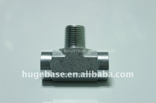 Hydraulic pipe tee fitting adapter