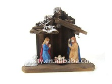 2012 New nativity set with wooden stable best decoration