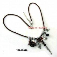 2012 fashion necklace wholesaler