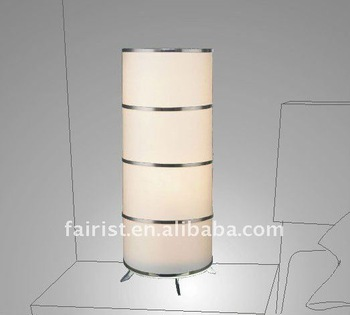 2011 New tripod table lamp