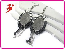 2012 new design alloy silver chain wrapped and dropped metal disk earring (E100787)