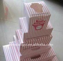 small dot cupcake box with window
