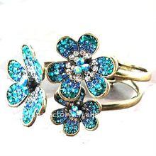 2012 Fashion vintage aqua Crystal flower color bangle