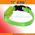 Led parpadeante collar de perro para perros pequeños tz-pet1111 collar de perro de pinchos