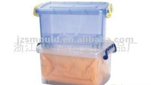 plastic cases with cover and wheel for family using