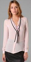 Lady fashion neck design of blouse