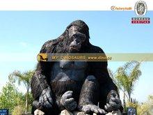 Outdoor theme park equipment Fiberglass Figure King Kong