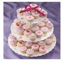 heart shaped cake stand