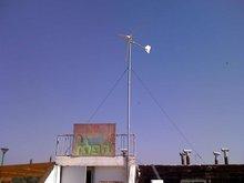 portable wind solar hybrid power system HAWT 500W wind turbine