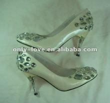 BS323 fashion 2012 custom make women crystals bridal wedding shoes