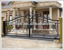 2012 china new design decorative manufacturer iron main gate iron door