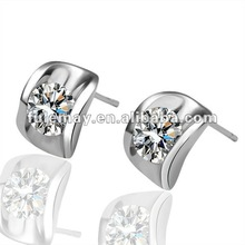 clear diamond ear stud GPE022