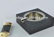 2012 fashion souvenir metal ashtray with lighter set