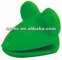 2012 hot sale silicone heat resist oven gloves
