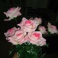 rosa artificial en color rosa