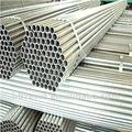 galvanizado en caliente de acero sin soldadura de tuberías precio por tonelada