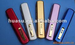 aluminum pen-shaped reading glasses case
