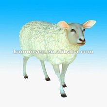 Life size resin sheep for garden decoration