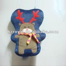 Fashion embroidery cushion