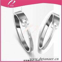 2012 Fashion design care Titanium Ring