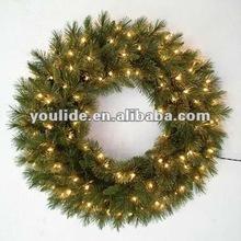 45cm diameter pvc pre-lit christmas wreath battery lights