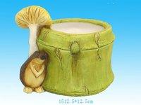 green ceramic garden pot w/animal hedgehog