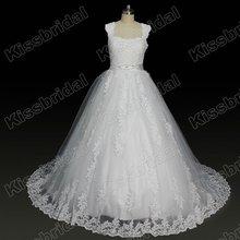 Real Sample Modern Appliques Beaded Wedding Dress 2012